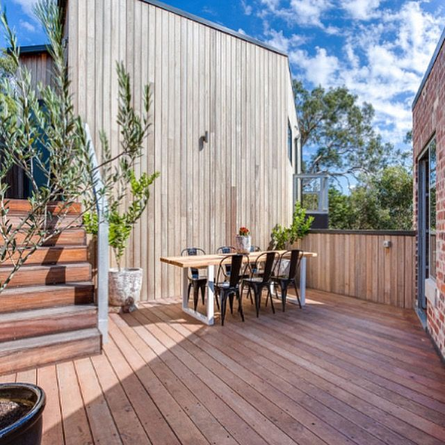 Timber cladding and decking. Spottedgum cladding. Red Mahogany decking. New Homes. www.ecotimbergroup.com.au