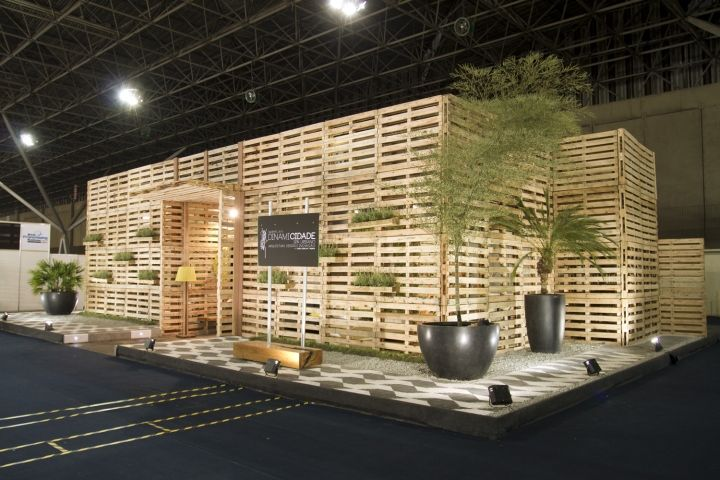 [Embracing raw, natural, eco-friendly, and DIY themes, pallets are being used as building materials in exhibitions and furniture.  -area] Urban Spa stand by WeNew Innovation Sao Paulo Brazil Urban Spa stand by WeNew Innovation, São Paulo   Brazil