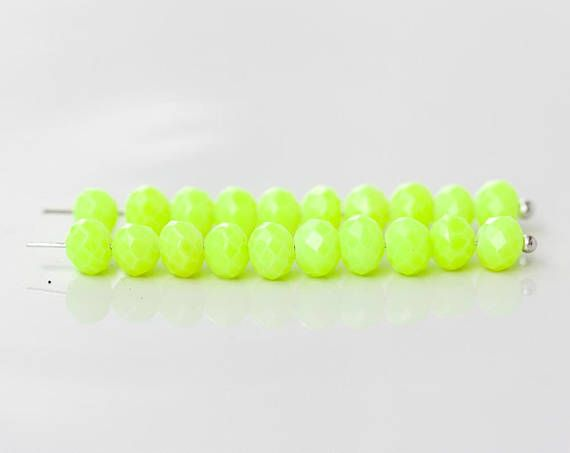 2587 Green beads 6x4 mm Glass beads for jewelry making