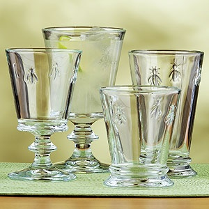 ohh I love these French bee glasses from Provence! Positividlee Naploleonesque! Come to about 8$ each...