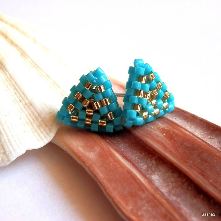 beadwoven stud earrings - turquise and gold triangles by SashaSi - Trojuholníčky tyrkysové