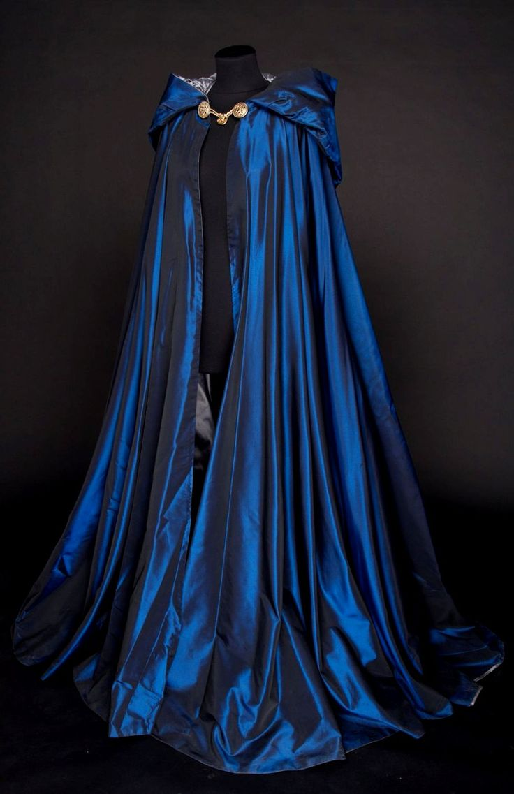 I have so much want for a cape like this, but I would want to wear it everyday....