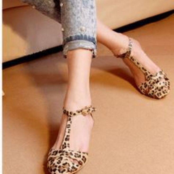 Women Fashion Leopard Print Flat Sandals