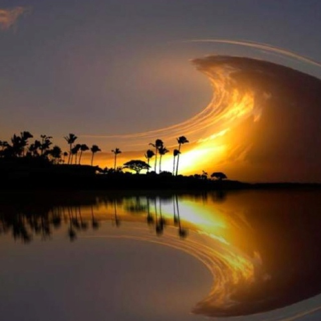 Stunning...: Sky Waves, Perfect Waves, Islands Resorts, Costa Rica, Costa Rica, Cloud, Mirror Image, The Waves, Photo