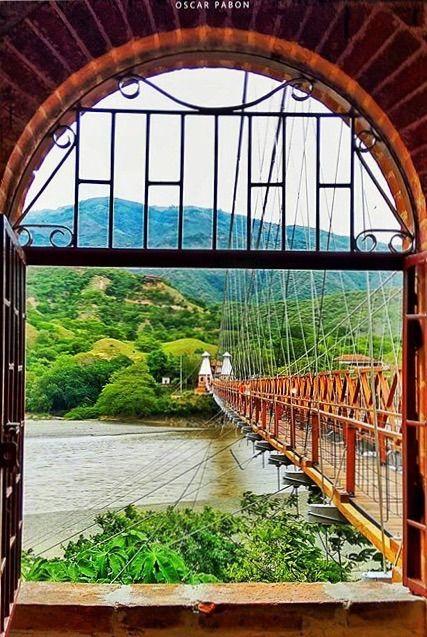 Puente de Occidente - Santa Fe de Antioquia, Colombia