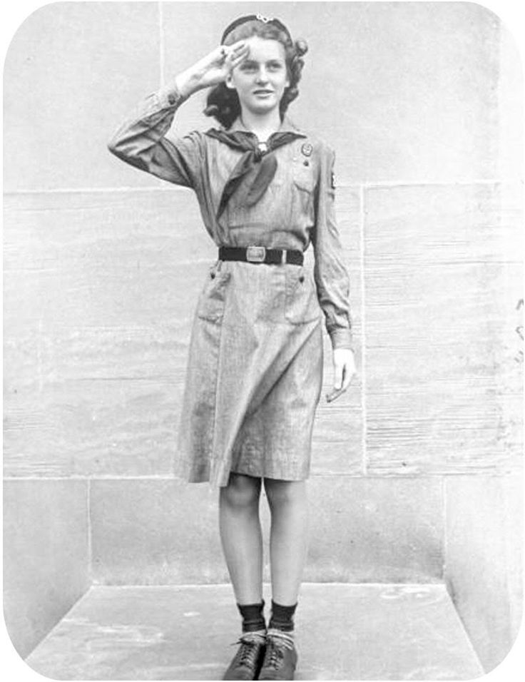 1940s girl scout