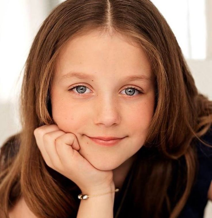 The Danish royal court released new photos of Her Royal Highness Princess Isabella of Denmark, Countess of Monpezat in honor of her 10th birtbday. HAPPY BIRTHDAY PRINCESS