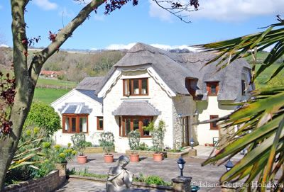 Dunnose Magna Cottage - Luccombe, Isle of Wight @ Island Cottage Holidays - Self Catering