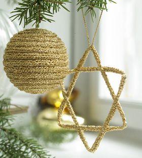 Julepynt til træet i guld