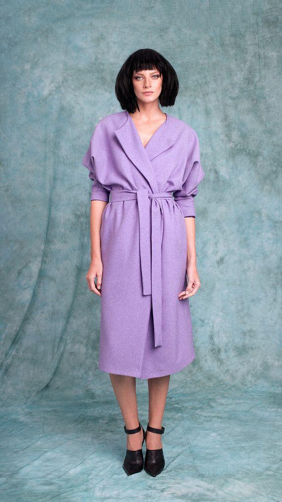 A versatile long sleeve overcoat in lavender that can also be worn as a dress. #overcoat  #minimalistfashion #coatdress www.lurestore.eu