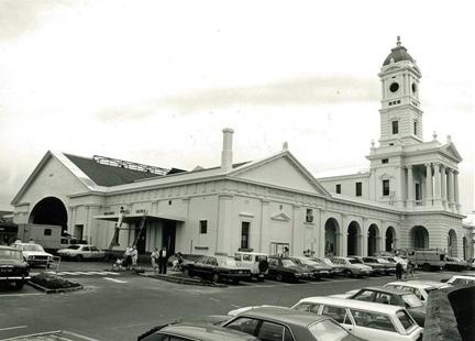 The Ballarat Railway Station in Lydiard St