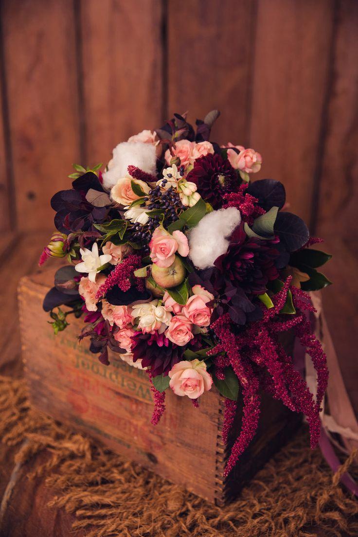 Snow white bouquet Bridal Bouquets by The Lillipillian  Photography by Wonderlust Studios