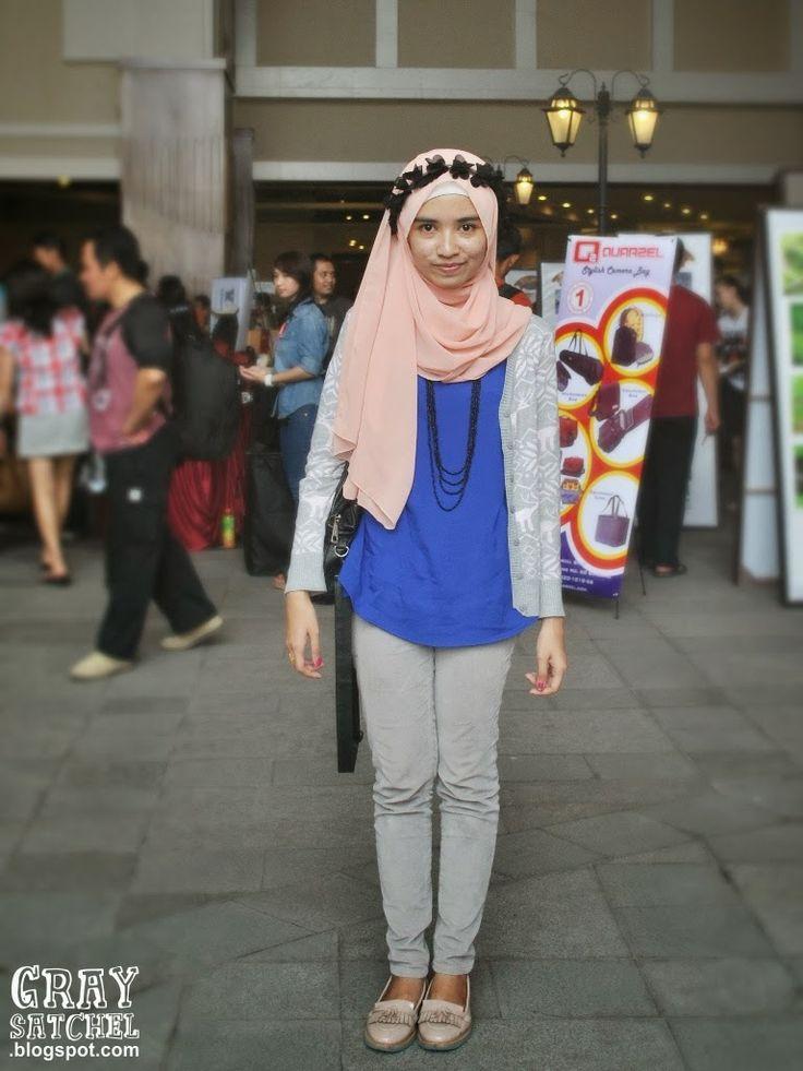 Braga Festival in Bandung, Flower Headband with Pastel Shawl