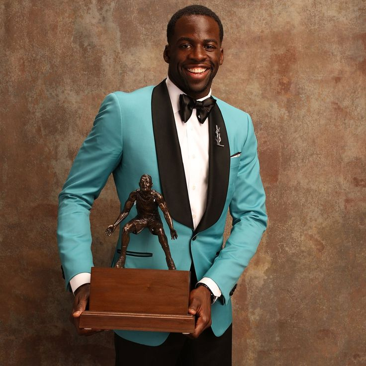 Draymond Green with the win on best defensive player!!!