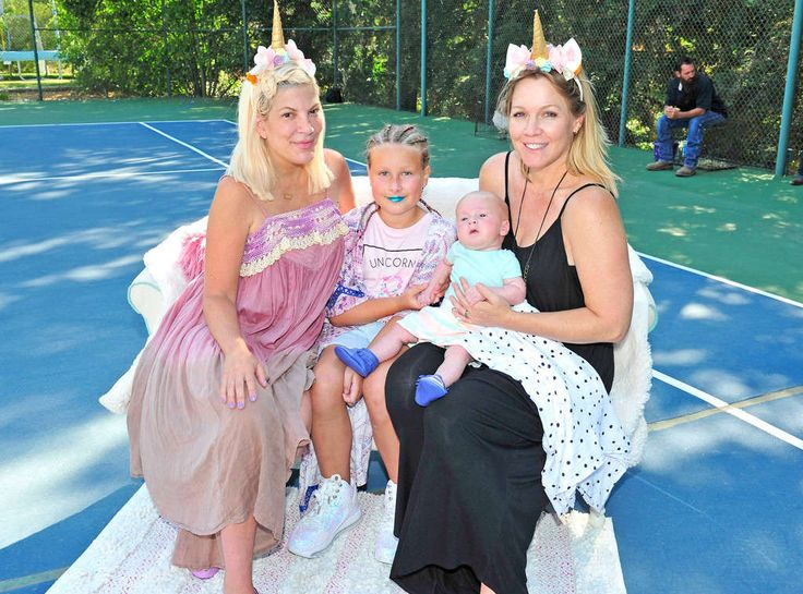 Tori Spelling and Dean McDermott Host Unicorn-Themed Birthday Party for Daughter Stella
