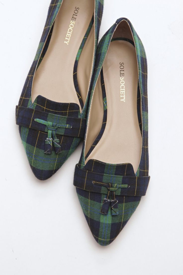 Mixing Patterns: summer in plaid? Yes please. Especially on this tasseled loafer.