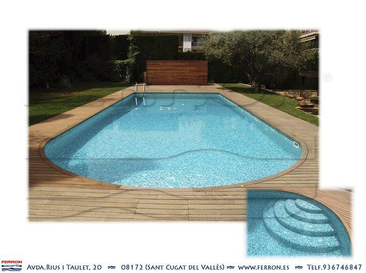 Piscina de ferr n piscinas piscina alargada con arco en - Escaleras de piscina ...