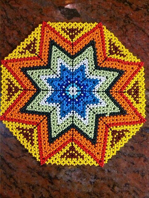 Beads, Huichol, peyote, chaquiras por Eliet Robleto