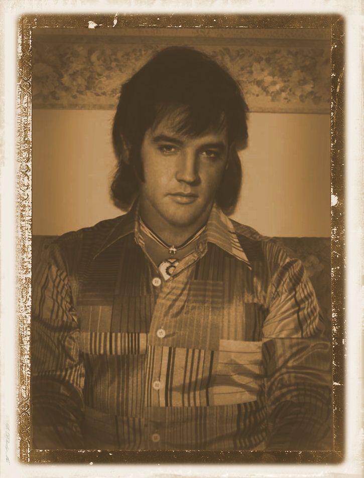 rare...Elvis ( wallet photo)