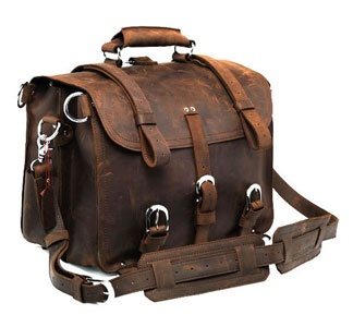 Humm... this one is sold out : (: Travel Bags, Messenger Bags, Leather Briefcase, Leather Travel, Crazy Horse, Leather Bags