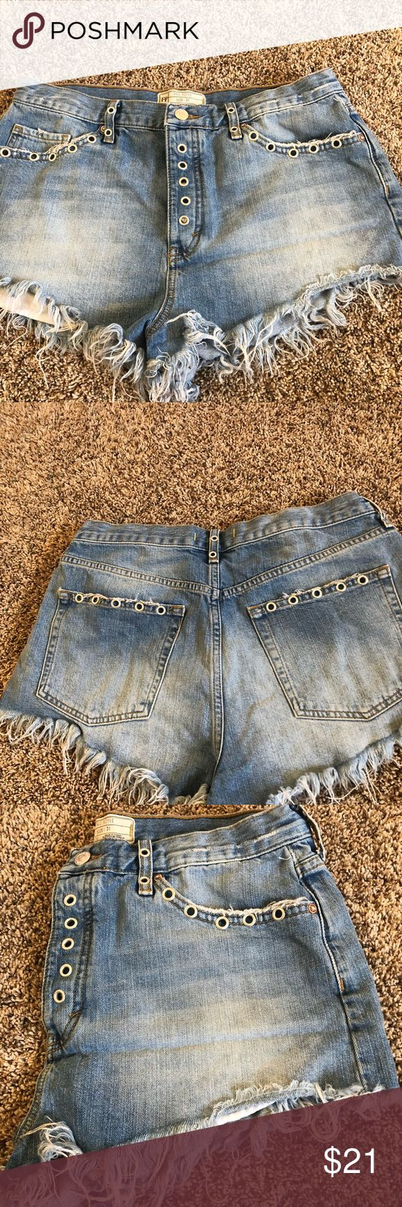 Adorable free people daisy dukes Free people Daisy Duke shorts size 31 super cute that I listed coming up in little bit a holes that are so darling. The material is awesome and they're super flattering the cut🌸 Free People Shorts Jean Shorts