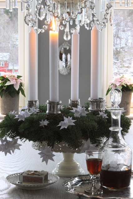 Silver napkin rings around candles