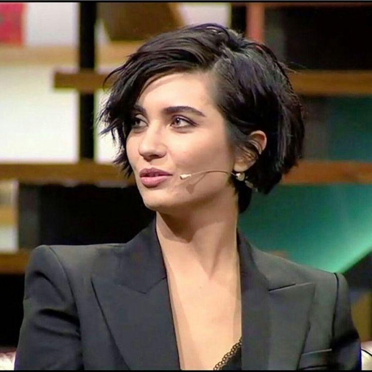 Resultado de imagen para tuba Büyüküstün 2017 cabello corto