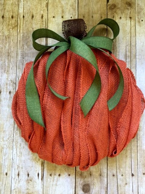 Burlap Pumpkin Wreath perfect for Fall, Thanksgiving and Halloween. This wreath measures 17 tip to tip, would look nice on your front door or used indoors to complete your fall décor.  Each of my wreaths are made to order and may have slight differences than the one in this listing. The wreath pictured is usually sold quickly after it has been listed. The same quality materials will be used for your wreath.  I carefully package every wreath to make sure it arrives in excellent condition. The…