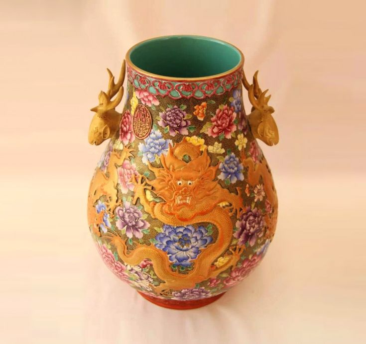 A Royal Famille-rose Vase with Chinese Dragons and Peony Flowers Pattern Qianlong Emperor (1*) (1711 - 1799) , porcelain of the Guan Yao (Chinese imperial porcelain)  Source:Private collection