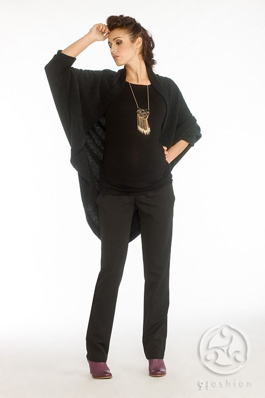 Triss sweater black with Pedra blouse black and Limon trousers black
