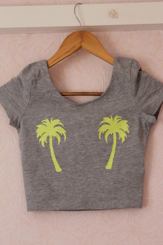 Топ укороченная футболка майка пальмы Next за 75 грн.