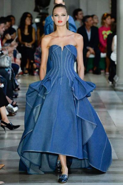 Carolina Herrera New York Spring/Summer 2017 Ready-To-Wea Collection | British…