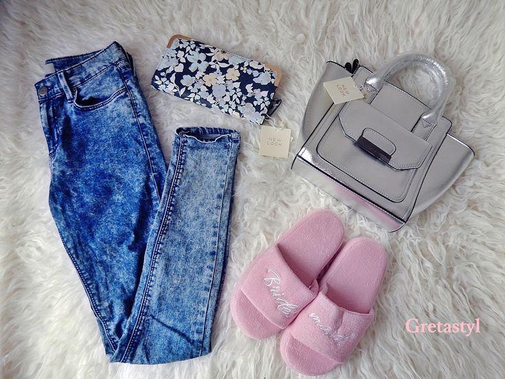 1.Jeans Skinny Topshop 2.Mini Bag New Look 3.Slippers New Look 4.Purse New Look
