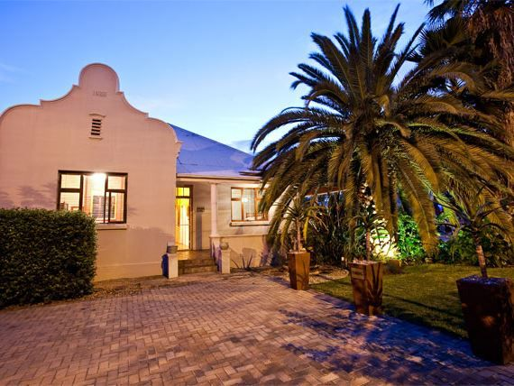 Wesselsheim Bed and Breakfast - Wesselsheim was built in 1935 and was recently restored to its former glory. We are situated in the heart of the Klein Karoo in the historic town of Oudtshoorn on the golden mile, better known as Langenhoven ... #weekendgetaways #oudtshoorn #southafrica