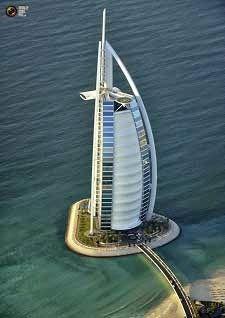 Salah satu perjalanan wisata yang kerap diinginkan oleh para calon jamaah Dena Tour adalah ke Dubai. Hal ini disebabkan Dubai telah disebut sebagai kota pariwisata terkenal di dunia. Kota ini telah menarik perhatian seluruh dunia karena proyek real estatenya yang inovatif dan hal terkenal lainnya.