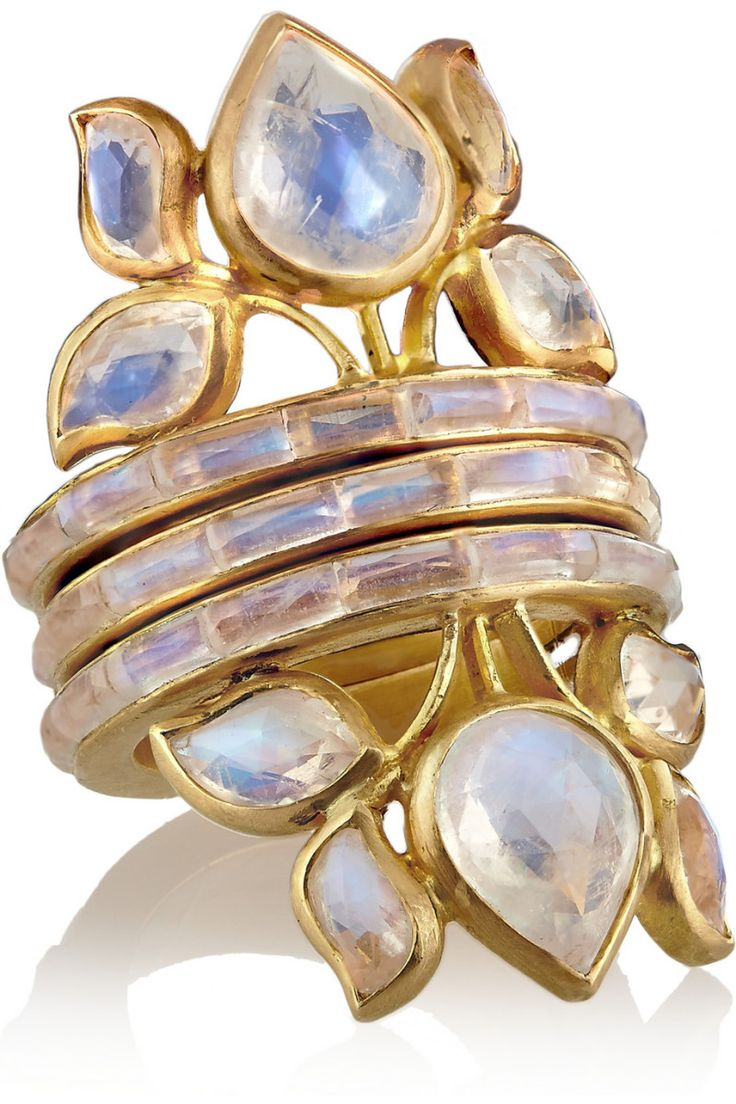 Perfection: a stack of three 22-karat gold moonstone rings