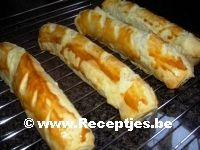 Worstenbrood met Curryworst (Curryrol)