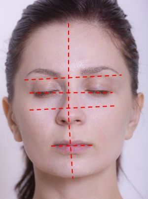 顔の歪みをとって左右対称な顔に!顔の歪みのとり方を紹介