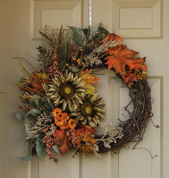 Best 25+ Outdoor wreaths ideas on Pinterest | Fall burlap ...