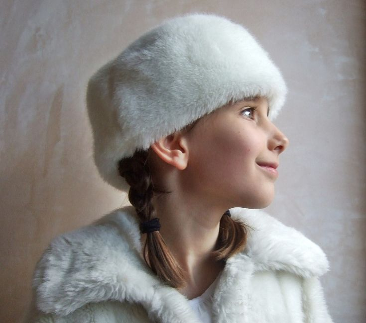 The Empress hat sewing pattern