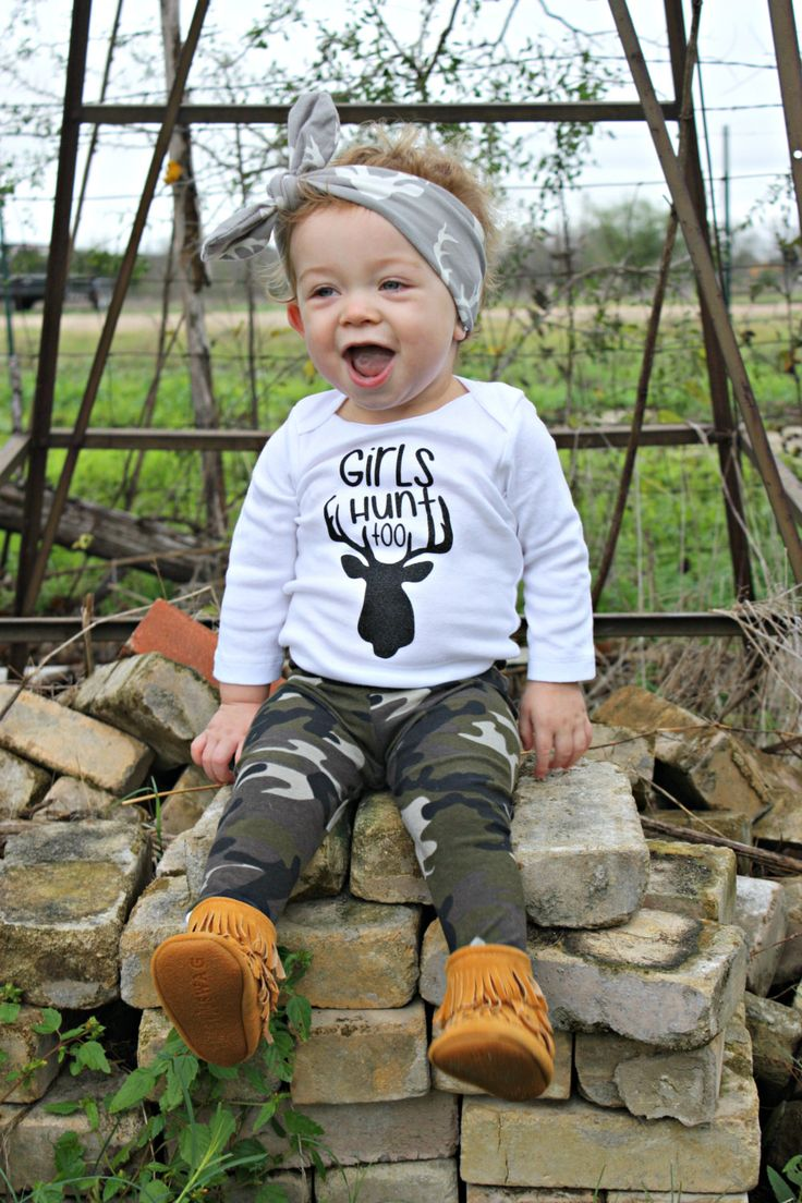 ***Please Note*** This listing is for the shirt only! Any accessories or other clothing are not included! Girls Hunt Too Bodysuit  This is the perfect onesie for your little one if you are a hunting family! It can be fully customized in different vinyl colors (glitter or not) and long sleeve or short sleeve oneises. Please Note the color of vinyl you would like in Notes to Seller at Checkout. Our color choices are: Black, Red, Green, Pink, Gold, Purple, Blue Black Glitter, Red Glitter, Green…