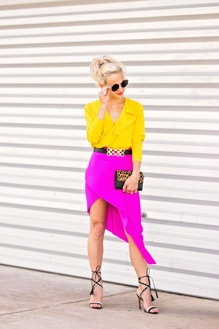 hot pink skirt outfit.