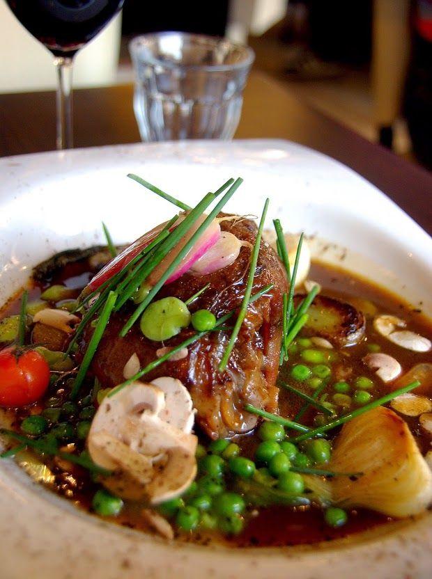 Jaret et petits légumes et jus réduit  Restaurant Bagatelle Le Havre. Restaurant / France/ Normandie/ Le Havre