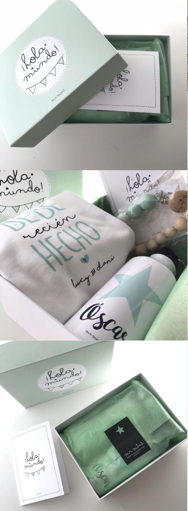 Pack Hola Mundo: body personalizado con los nombres de los papas y botella personalizada con el nombre del bebé.
