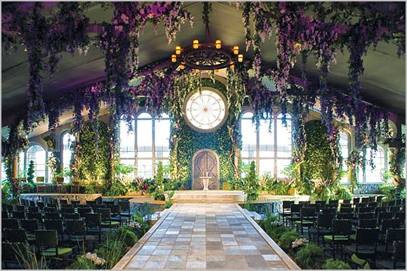 I love this. It would make me feel like a princess in an enchanted castle deep in the forest. Hmmm, a fairytale inspired wedding is sounding pretty great...