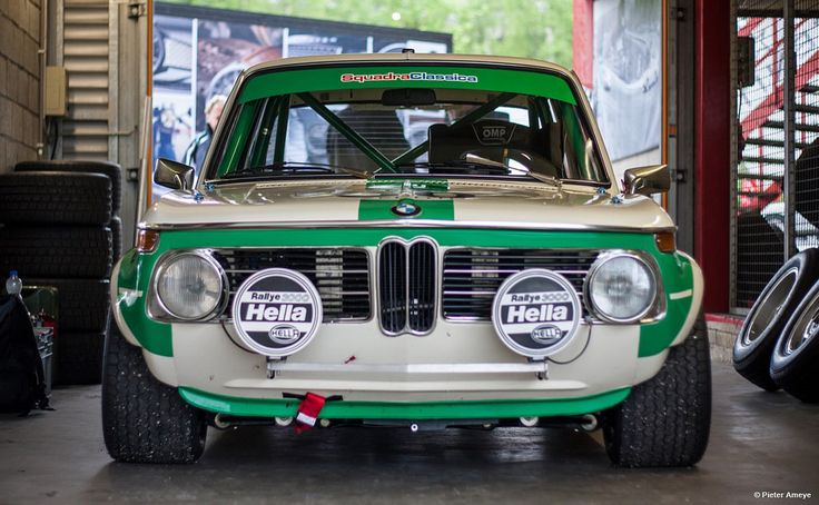 BMW 2002 — itracing: BMW 2002 tii Image by Pieter Ameye