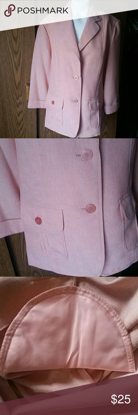 Alfred Dunner peach blazer Alfred Dunner peach blazer. It's in great condition! Has shoulder pads and 2 front pockets. No marks or flaws.  Brand: Alfred Dunner Size: 14 Plus size Color: light pink or peach Material is 100% polyester   Make me offers! Love to bundle! Alfred Dunner Jackets & Coats Blazers