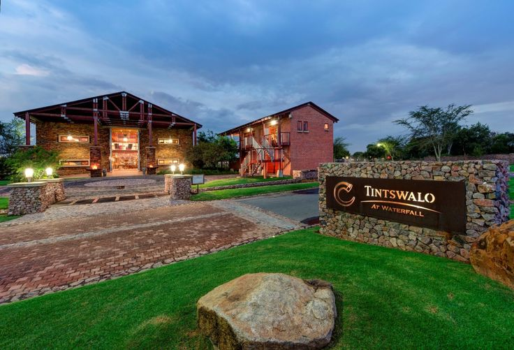 Enjoy private dining at Tintswalo at Waterfall  http://www.luxurialifestyle.com/enjoy-private-dining-at-tintswalo-at-waterfall/