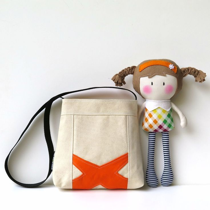 My Teeny-Tiny Doll® A.J. & Carry-Me Bag Set / Cook You Some Noodles