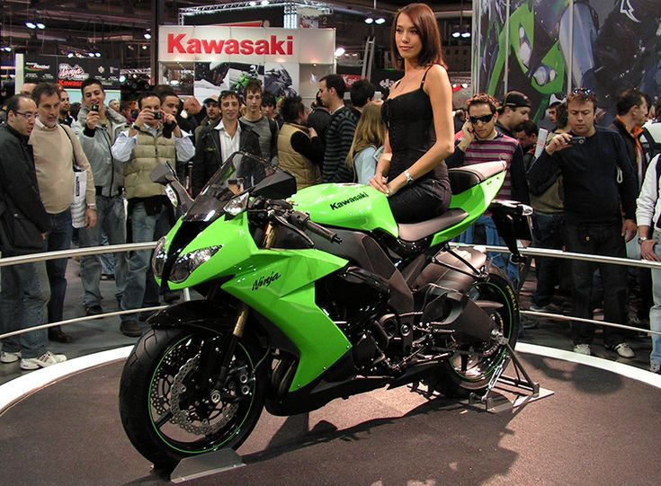If you are looking for latest news of Bajaj Auto Kawasaki to Launch Three Bikes In India of year 2013? Here you can find the information about Bajaj Kawasaki bikes news india from Autoinfoz.Com.